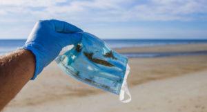 Read more about the article Mascarillas desechables y guantes contaminan las calles y costas de Puget Sound