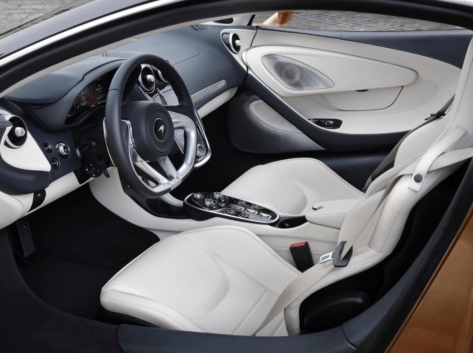McLaren-GT-2021-17