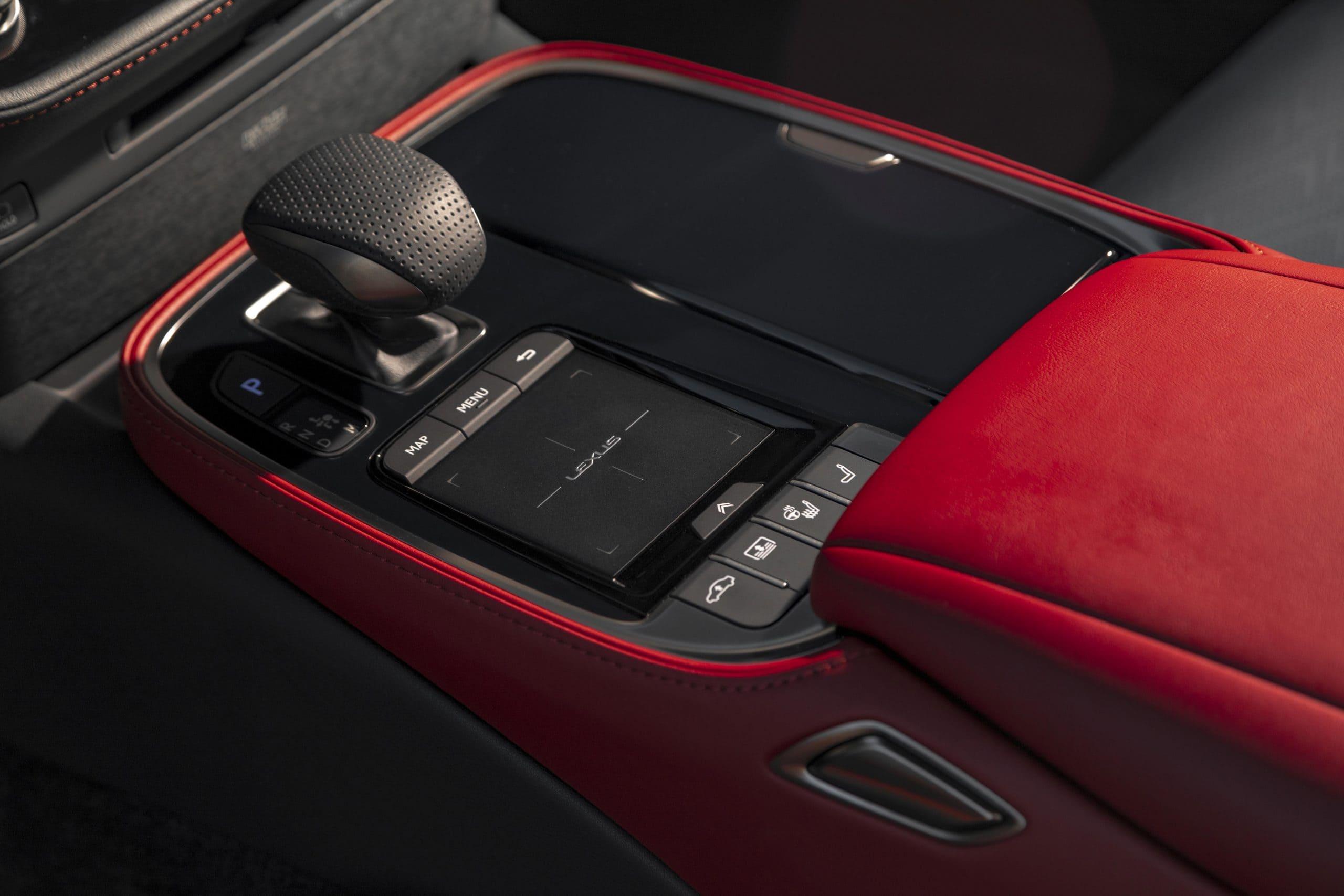 2021_Lexus_LS-500_F-Sport_Atomic_Silver_016-scaled