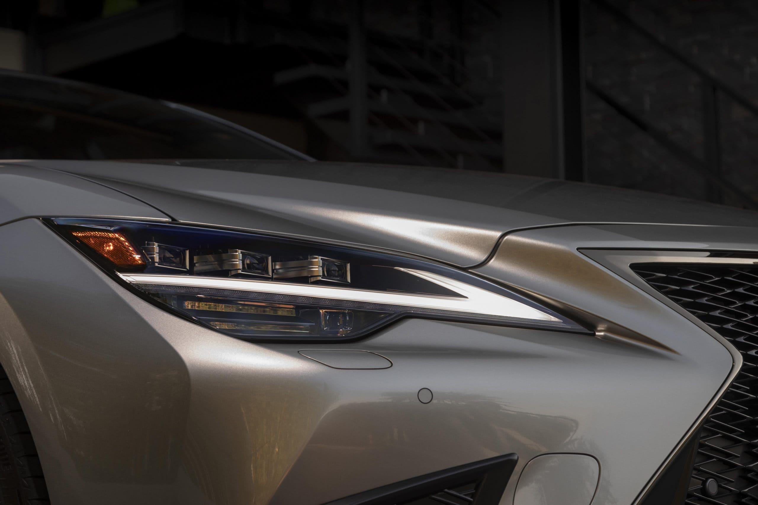 2021_Lexus_LS-500_F-Sport_Atomic_Silver_022-scaled
